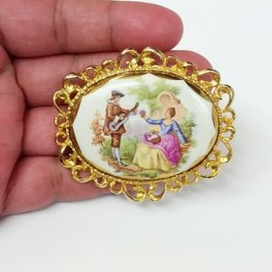 Vintage Mid-Century Porcelain Cameo Lovers Brooch
